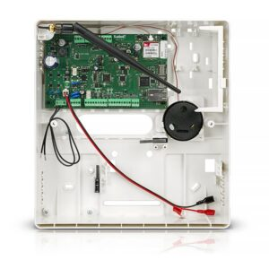 Płyta główna centrali alarmowej z wielokanałowym modułem komunikacyjnym i sygnalizatorem wewnętrznym VERSA PLUS 2