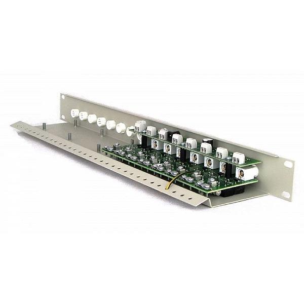 Separator z dystrybucją zasilania do systemów analogowych z zabezpieczeniem przepięciowym EWIMAR LSO-8R-FPS