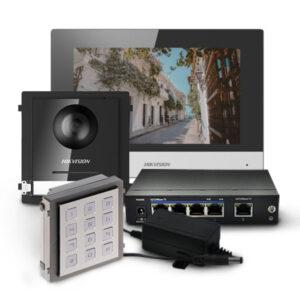 Zestaw wideodomofonowy ze stacją wewnętrzną DS-KH6320-WTE1, modułem głównym i klawiaturą