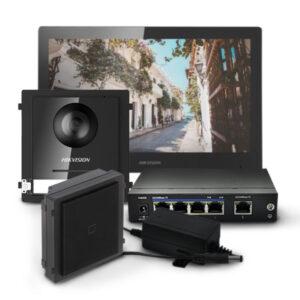 Zestaw wideodomofonowy ze stacją wewnętrzną DS-KH8520-WTE1, modułem głównym i czytnikiem kart
